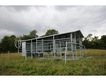 Keturių vietų melžimo aikštelė Danijoje